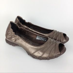 NWOT Skechers Bronze Leather Open Toe Bikers 7.5